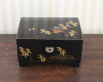 Vintage Chinoiserie Jewelry Box