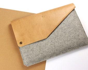 "Sleeve for 11"" MacBook Air of leather & felt [G]"