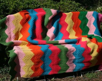 Mexico : French vintage handmade crocheted afghan blanket with chevrons, multicolored stripes.