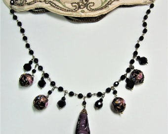 Vintage art glass beads necklace