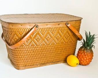Vintage Redman Wicker Picnic Basket with Label, Red-Man Woven Storage Basket USA, Summer Cabin Decor, Wedding Card Box