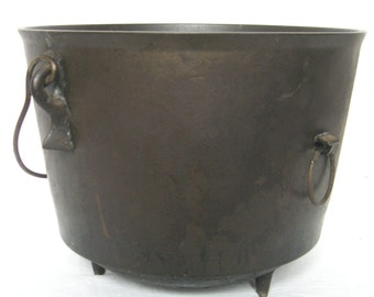 Cast Iron Kettle or Pot, 3 Legged Kettle 1800's Bean Pot with Wire Bail Handle, Ring, Gate Mark and Maker's Mark
