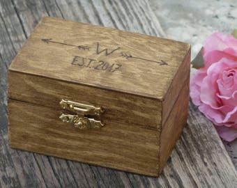 Rustic Wedding Ring Box Personalized Wooden Box Wedding Ring Bearer Box Burlap Moss Box Arrows Ring Holder Decoration, Custom Engraved Box