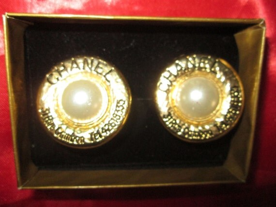 Vintage Chanel Clip-on Earrings!!! 31 Rue Cambon!