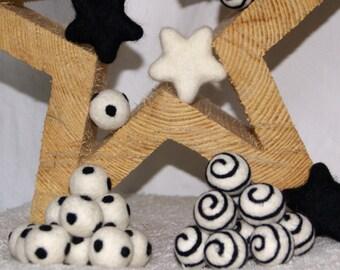 Felt Balls, Felt Beads, Pom Poms, Wool Beads , Color WHITE /Black Sizes  2.0 cm, 2.5 cm, 3.0 cm
