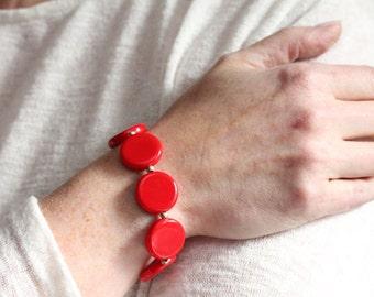 valentines day gift / bold red bracelet / red jewelry / geometric red bracelet / stretch bead bracelet / minimalist jewelry red circles