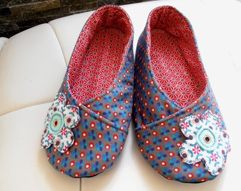 SLIPPERS T34-35 KIMONO fabric Petit Pan blue and Red