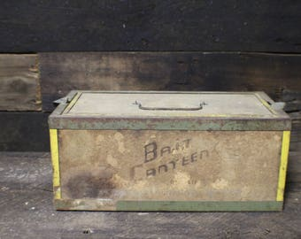 Vintage Fishing Bait Holder, Bait Canteen by Oberlin Pat # 2328993