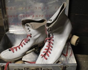 Vintage Chicago Roller Skates with Metal Case, Ladies Leather Roller Skates with Wood Wheels