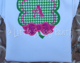 Girls Clover with Bow Shirt- Girls St. Patrick's Day Shirt- Applique St. Patty's Day Shirt- Sparkly pink bow