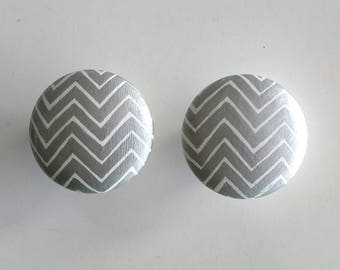 Silver and White Chevron Hand Painted Drawer Knob, Ready to Ship, Chevron Drawer Pull