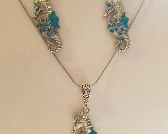 Silver Faceted Sea Horse Dangle Necklace and Earring Set