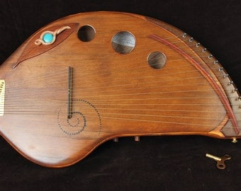 15 note Sprout, Zither pins, Harp like sounding musical instrument.