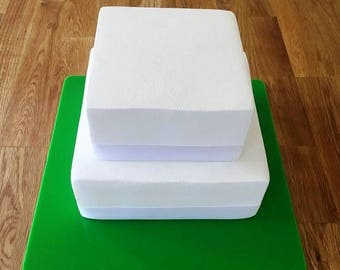 "Square Cake Board, Bright Green Gloss Finish 3mm Acrylic, Sizes  7"", 9"", 11"", 13"", 15"" & 17"""
