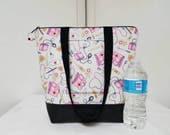 Nurse Tote Bag/Purse, Vinyl Bottom, Retro Nurse Tote with Pockets, Gift for Nurses, Nurses Washable Tote Bag, Nurses Travel Bag, Nurses Bag.
