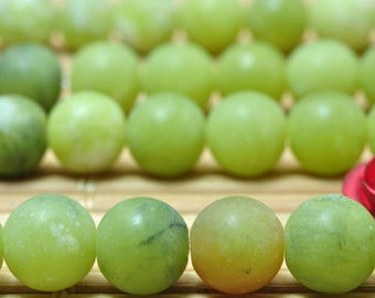 62 pcs of Natural Green Jade matte round beads in 6mm