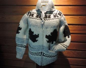 Boyfriend Sweater,Vintage Boyfriend Sweater,Buffalo Wool Sweater, Vintage Canadain Wool Sweater,Vintage Buffalo Sweater,Maple Leaf Sweater