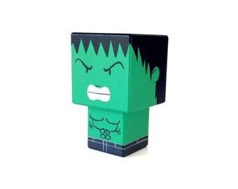 """Figurine cubique Super-héros """"Hulk"""" ( taille S ) - Peinte à la main"""