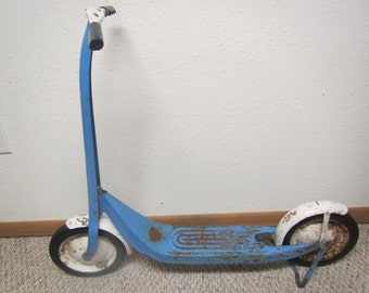vintage RADIO SCOOTER, 2 wheel push scooter with both fenders and brake* 1950s toy