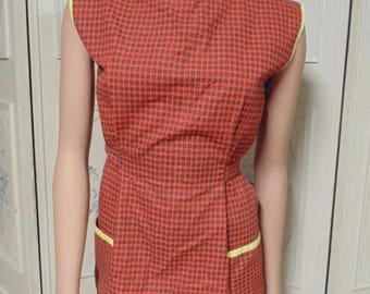 Two 1950s Wrap around Aprons,