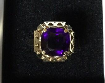 Incredible Deep Purple Cushion Cut Amethyst 8k Gold Ring