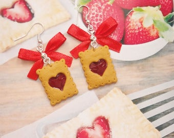 earrings strawberry biscuit