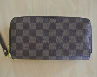 Checkered Wallet Brown Coated Canvas Check Pattern Double zip Wristlet Damier