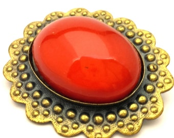 "Vintage Latvian ""Daiļrade"" Artisan Metalwork Brooch Red Art Glass Oval Cabochon Luxury"