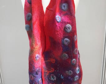 RED FLOWERS SCARF