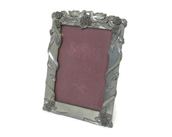 1991 Seagull Pewter 3.5 x 5 Picture Frame - Wedding Engagement Photo Frame Made in Canada - Doves Lovebirds Silver Tone Elegant Frame