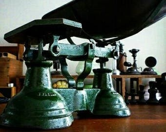 Cast Iron Scales / Green