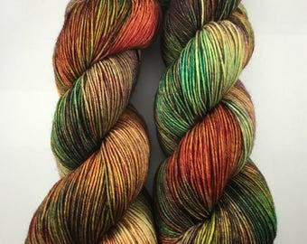 Yarn, dyed sock yarn, DK merino wool, kettle dyed sock yarn, zombie yarn, yarn in handmade, Dyed worsted yarn, TWD