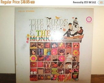 Save 30% Today Vintage 1968 Vinyl LP Record The Monkees The Byrds The Bees & The Monkees Excellent Condition Stereo 10849