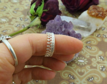 Crown Silver Stackable Ring