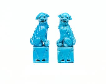 25% discount (until July 13) pair of Fu Lions. Turquoise Blue porcelain. Lions and dogs Foo.