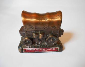 Vintage Banthrico Covered Wagon Coin Bank Pioneer Federal Savings Baker, Oregon Brass Tone Metal