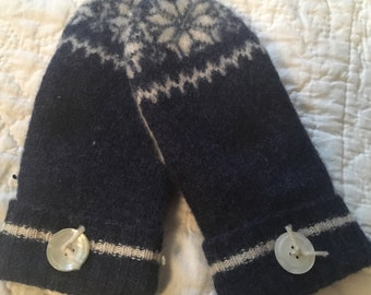 A17   Felted  wool mittens lined with fleece size small