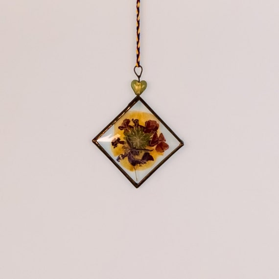 """Pressed Flowers Stained Glass 2x2"""" Square Bevel Inspirational Sun Catchers Deesigns By Harris Free Gift Wrap"""