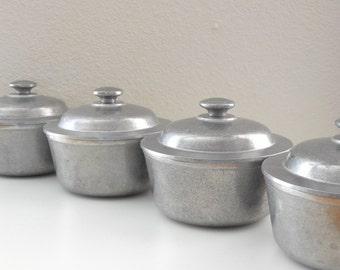 4 Wilton Pewter Covered Soup Bowls Lidded Pewter Wilton Columbia PA Pewter Colonial Decor Plough Tavern Metalware Pewter Casserole Lid Bowl