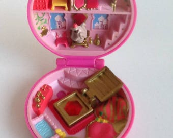 Vintage 1992 Bluebird POLLY POCKET Ruby Jeweled Palace Compact
