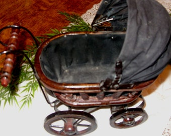 Small Vintage Victorian Buggy, Vintage Baby Carriage,  Antique Doll Buggy, Victorian Pram, Antique Baby Buggy