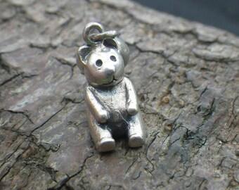 Vintage Sterling Silver Teddy Bear Charm Pendant
