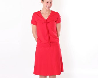 """Dress """"Lore"""" with decorative bow / / red short sleeve"""