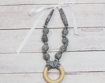 Grey Floral Teething Necklace, Nursing Necklace, Baby Wearing Necklace, Breastfeeding Necklace, Teething Necklace, Modern Breastfeeding