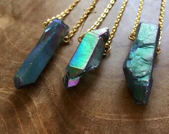 Petrol Spark - necklace with beautiful titanium crystal quartz. Gemstones, rocks, minerals, boho, gypsy, minimal, green, petrol, iridescent