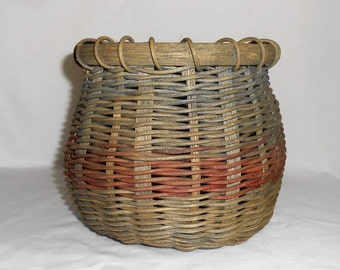 Woven Wicker Basket Taupe And Red Ring/Plant Holder/Kitchen Tool Holder