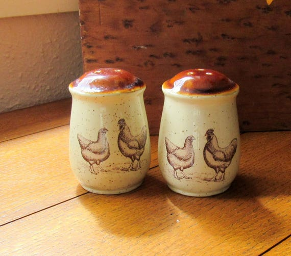 Country Road Chickens Salt and Pepper 1979 Enesco Kitchen Table Set