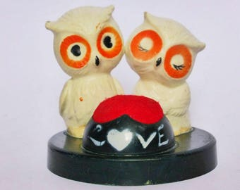 Cute Vintage Love Owls Pincushion, Mid Century Sewing Supplies, Kitschy Knick Knack, Sewing Room Decor, Lover Gift, Valentines Day