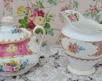 Royal Albert Lady Carlyle Covered Sugar Bowl and Large Milk Jug Set, Vintage Pink, Floral, Gilt Bone China, 1st Quality, Very Good Condition