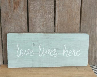 Love Lives Here Wooden Wall Sign Home Decor